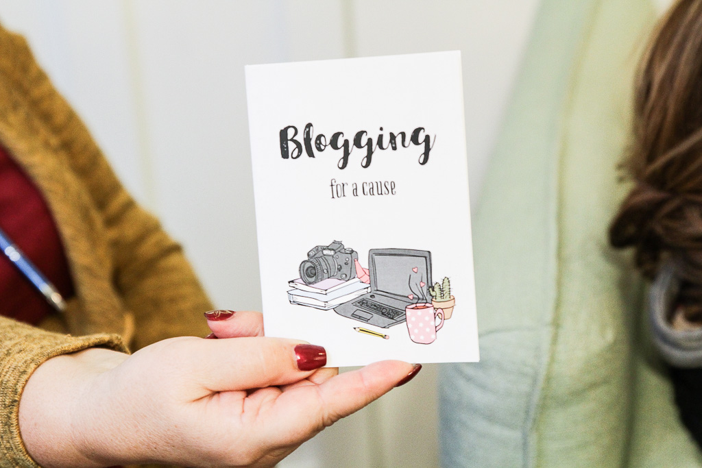 Blogging-For-a-Cause-caderno-nuts-for-paper
