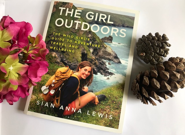 The Girl Outdoors de Sian Anna Lewis